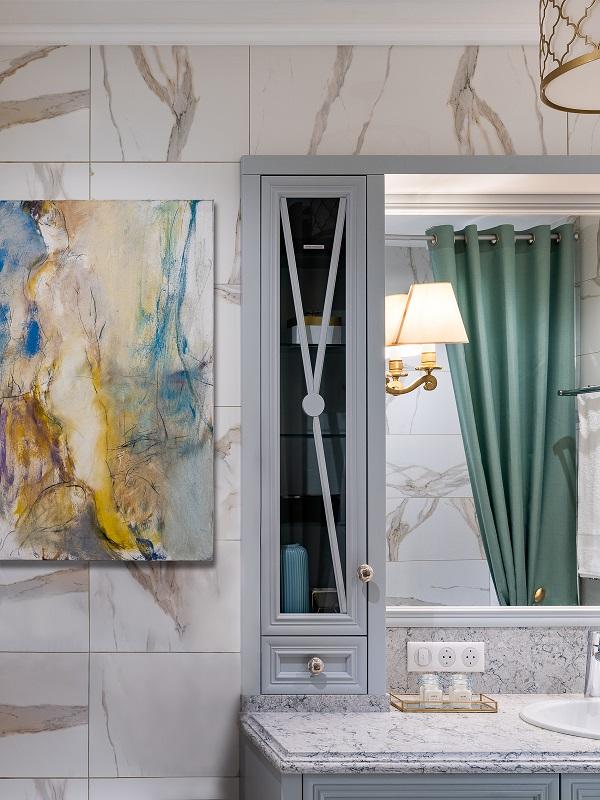 Картины в ванную комнату: надуманное решение или допустимая роскошь?